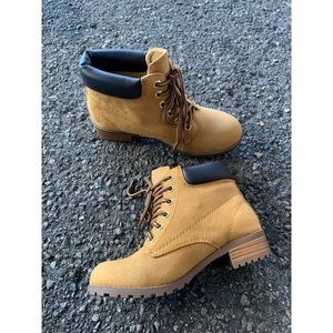 Soda Vegan Suede Dark Yellow Military Ankle Boots